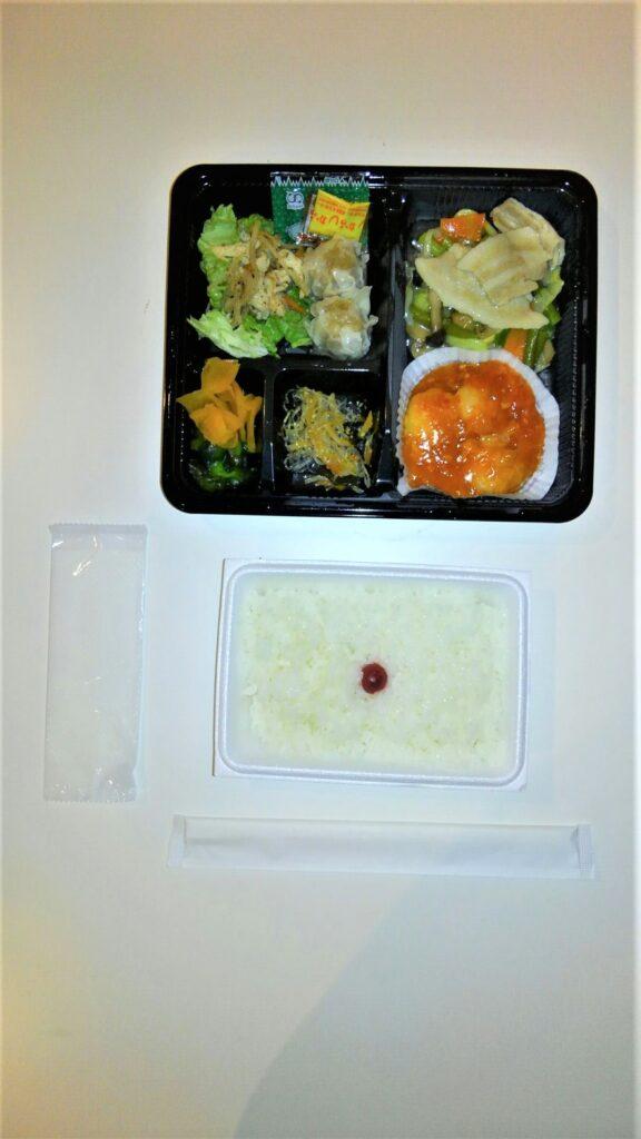 コロナ体験記_パークイン昼食